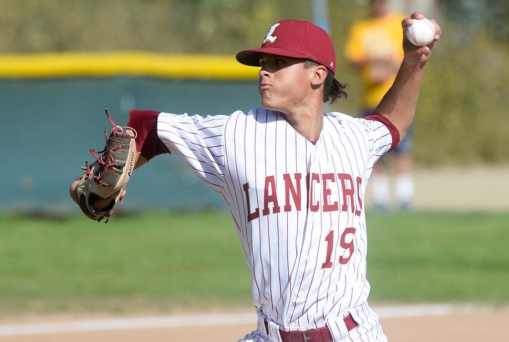 . La Serna pitcher Andrew Arguello (19) plays California in their Del Rio League game at La Serna High School in Whittier on Wednesday April 5, 2017. (Photo by Keith Durflinger/Whittier Daily News/SCNG)