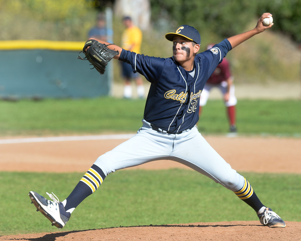 . California pitcher Mike Gutierrez (32) makes a pitch in their Del Rio League game at La Serna High School in Whittier on Wednesday April 5, 2017. (Photo by Keith Durflinger/Whittier Daily News/SCNG)