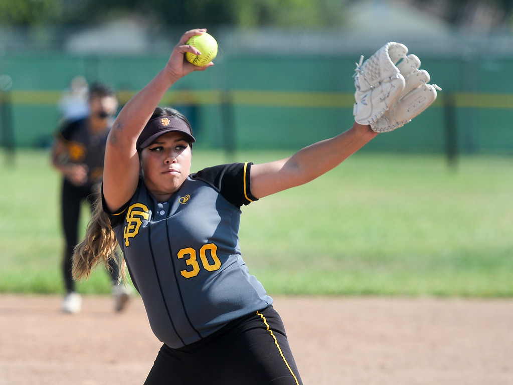 . Santa Fe pitcher Jessica Lopez (30) makes a pitch as they play California in their Del Rio League girls softball game at Santa Fe High School in Santa Fe Springs on Thursday April 13, 2017. California defeated Santa Fe 11-8. (Photo by Keith Durflinger/Whittier Daily News/SCNG)
