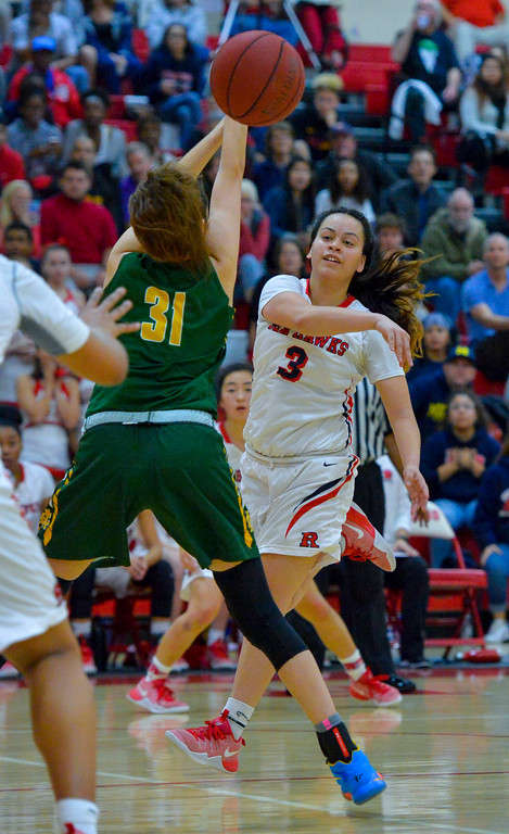 . Late in the game, Redondo�s Makenna Peneueta passes the ball off in Redondo Beach, CA on Thursday, February 9, 2017. Mira Costa girls basketball team came from behind to beat Redondo 44-41. (Photo by Scott Varley, Daily Breeze/SCNG)