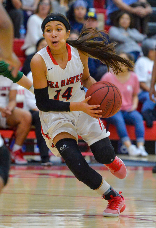 . Redondo�s Alyssa Munn drives to the basket in Redondo Beach, CA on Thursday, February 9, 2017. Mira Costa girls basketball team came from behind to beat Redondo 44-41. (Photo by Scott Varley, Daily Breeze/SCNG)