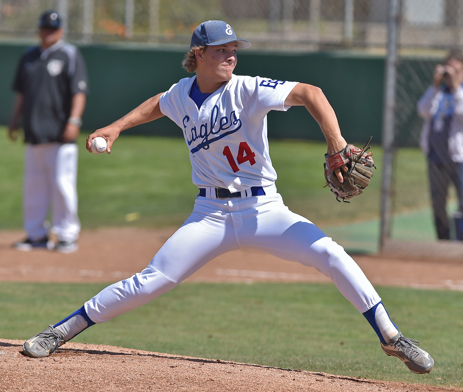. El Segundo beat visiting West Torrance 6-3 in first round CIF Southern Section Division 3 baseball playoffs Thursday May 18, 2017. Spencer Long scattered five hits in his complete game win for El Segundo.  Photo By  Robert Casillas, Daily Breeze/ SCNG