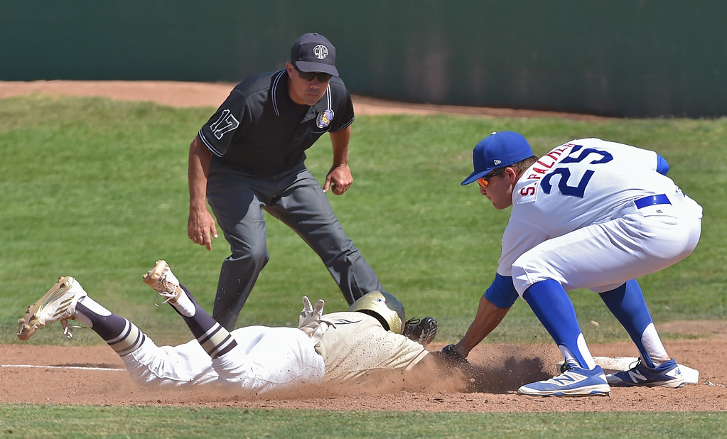 . El Segundo beat visiting West Torrance 6-3 in first round CIF Southern Section Division 3 baseball playoffs Thursday May 18, 2017. Sean Whorley is out at first.  Photo By  Robert Casillas, Daily Breeze/ SCNG