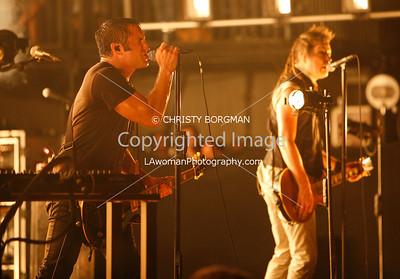 NIN Trent Reznor, Robin Finck May 20, 2009 Verizon Wireless Amphitheater Irvine, CA.  NINJA tour