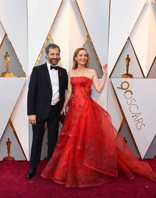 . Judd Apatow, left, and Leslie Mann arrive at the Oscars on Sunday, March 4, 2018, at the Dolby Theatre in Los Angeles. (Photo by Jordan Strauss/Invision/AP)