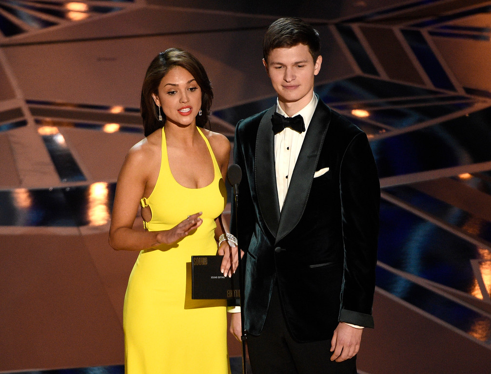 . Eva Gonzalez, left, and Ansel Elgort present the award for best sound editing at the Oscars on Sunday, March 4, 2018, at the Dolby Theatre in Los Angeles. (Photo by Chris Pizzello/Invision/AP)