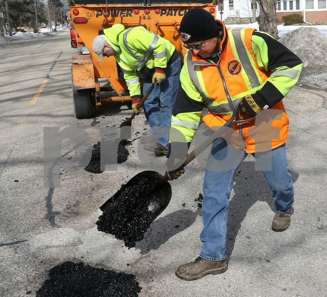 dc.0305.potholes04