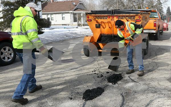 dc.0305.potholes02
