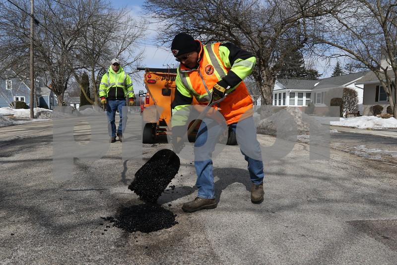dc.0305.potholes