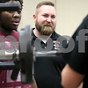dc.sports.0306.snyder dek football coach01
