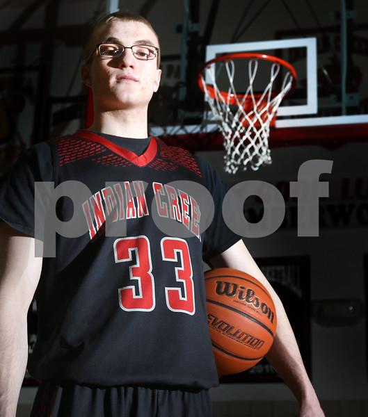 dc.sports.0309.boys basketballPOY02