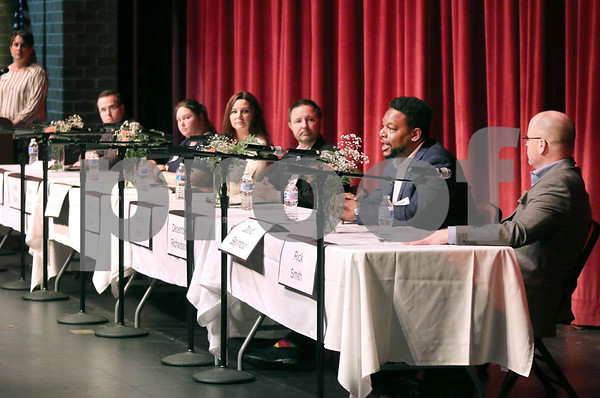 dc.0312.Candidate Forum09