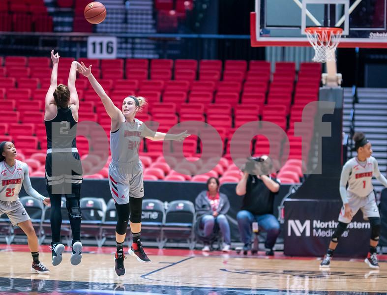 dc.sports.0312.niu women