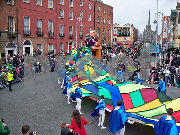 Bui Bolg - Ireland URA Tapestry's pageant lent color to the parade.  Julie Spahn for Shaw Media