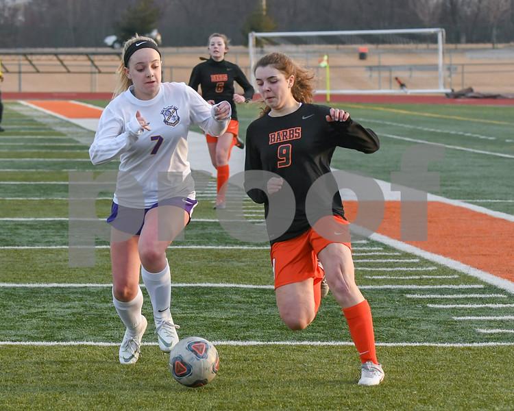 dc.sports.girls soccer04