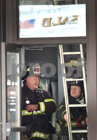 dc.0322.bridal shop fire02