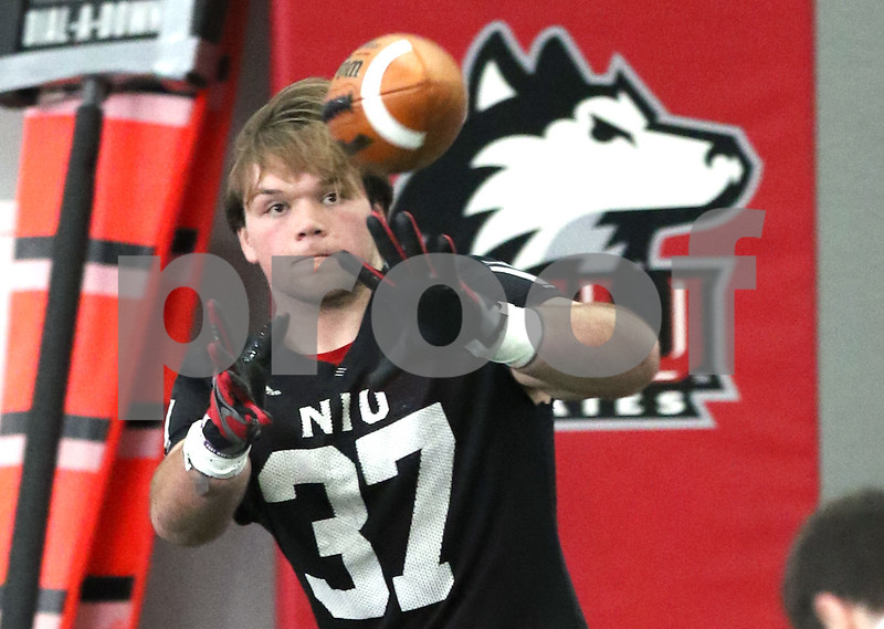 dc.sports.0326.NIU practice01