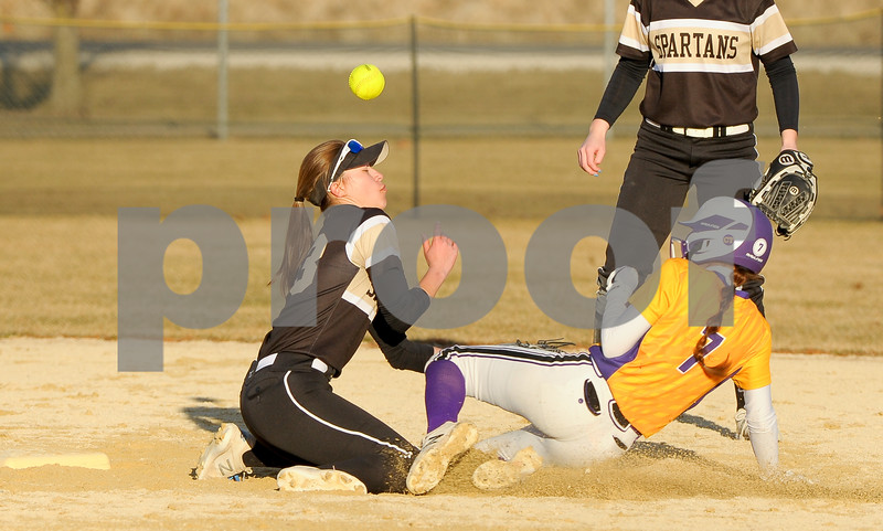 dc.sports.0326.sycamore softball-1