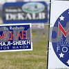 dnews_0327_HajiSheikh_Signs_03