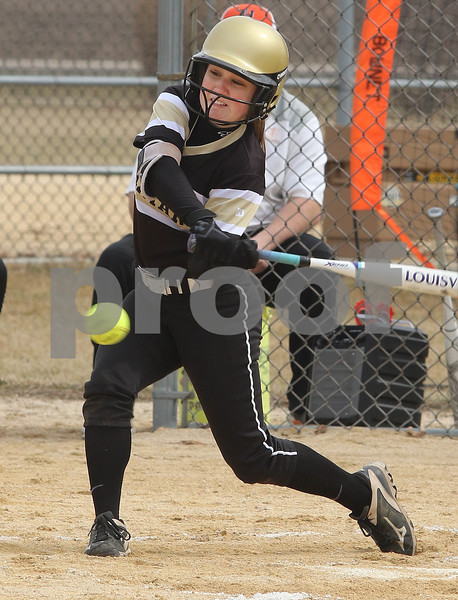 dc.sports.0329.sycamore softball03