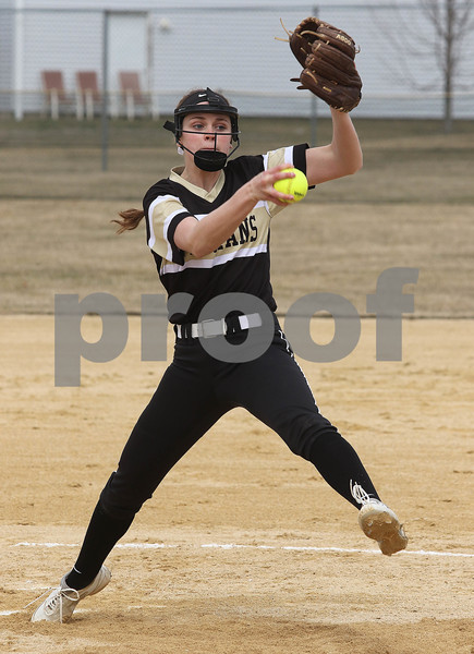 dc.sports.0329.sycamore softball04