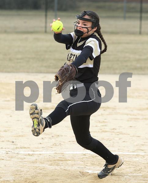 dc.sports.0329.sycamore softball01