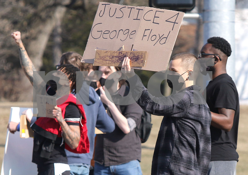 DC.nws.030821.dk.pd.protest
