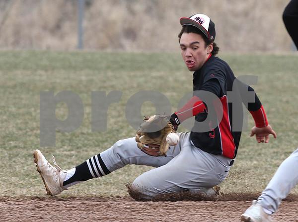 NWH.sports.0330.Huntley baseball01