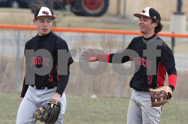 NWH.sports.0330.Huntley baseball03