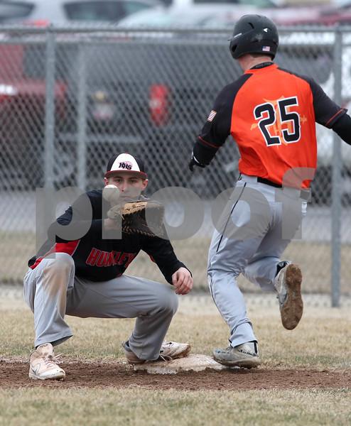 NWH.sports.0330.Huntley baseball05