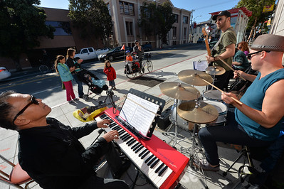 Photos: Hipsteria rocks the Mission