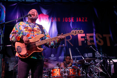 George Porter Jr. performs with Funky Meters during the San Jose Jazz Festival at the Plaza de César Chavez in San Jose, Calif., on Friday, Aug. 12, 2016. (Jim Gensheimer/Bay Area News Group)