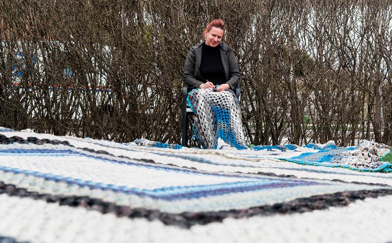 4 8 20 Annette Sykes crochet quilt 5