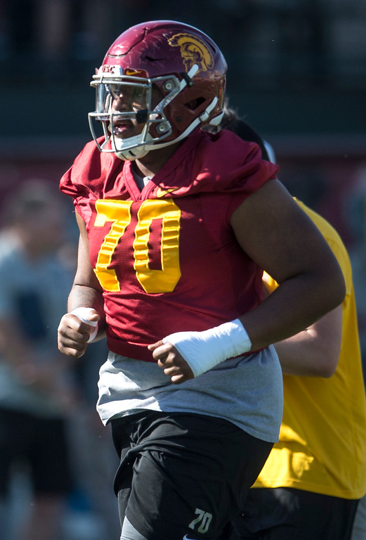 . Chuma Edoga runs across the field during USC�s spring football practice at Howard Jones Field/Brian Kennedy Field in Los Angeles on Thursday, March 09, 2017. (Photo by Ed Crisostomo, Los Angeles Daily News/SCNG)