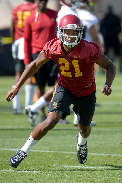 . USC\'s Josh Imatorbhebhe, #21, runs through a drill during spring practice at USC Thursday, April 13, 2017.  ( Photo by David Crane, Los Angeles Daily News/SCNG)