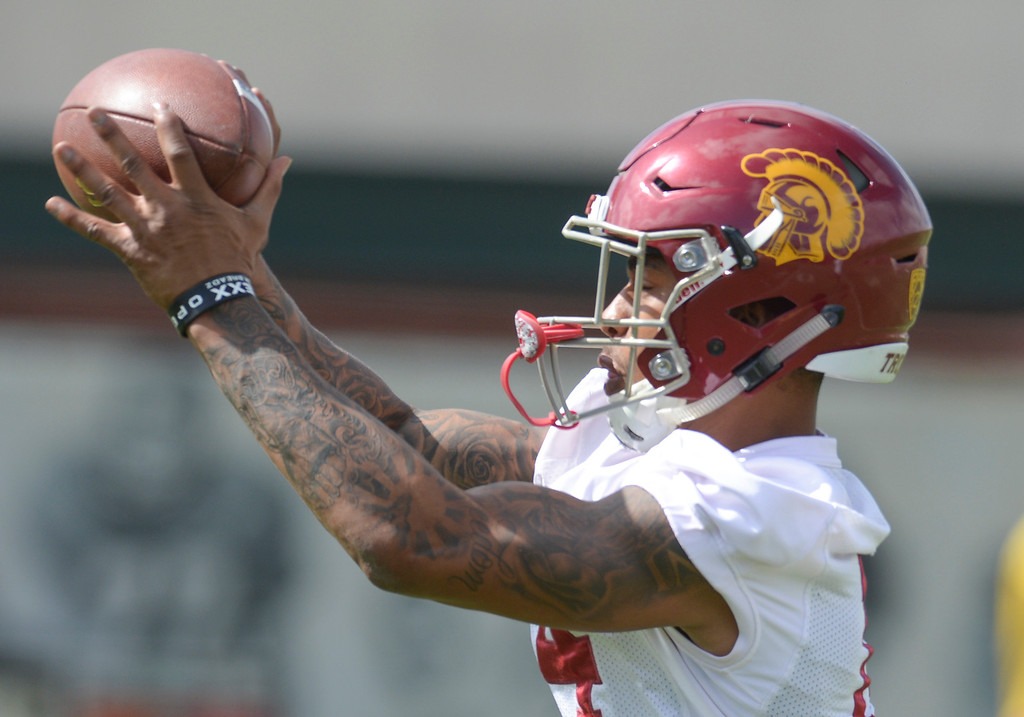. USC\'s Ykili Ross, #14, pulls in a pass during spring practice at USC Thursday, April 13, 2017.  ( Photo by David Crane, Los Angeles Daily News/SCNG)
