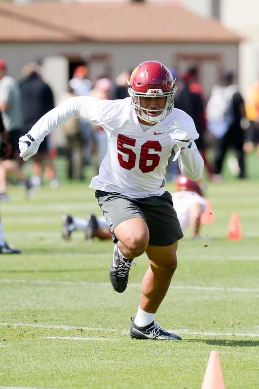 . USC\'s Jordan Iosefa, #56, runs a drill during spring practice at USC Thursday, April 13, 2017.  ( Photo by David Crane, Los Angeles Daily News/SCNG)