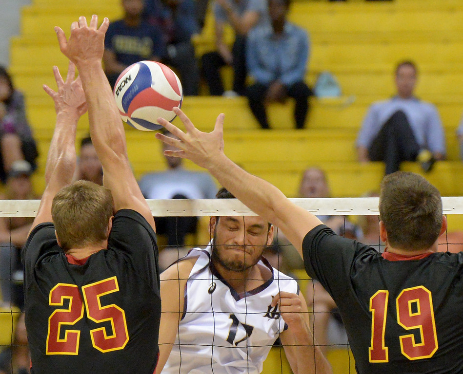 . MPSF Tournament, No. 1 Long Beach State takes on No. 10 USC in NCAA Men\'s Volleyball in Long Beach Saturday, April 15, 2017.  (Photo by Thomas R. Cordova, Press-Telegram/SCNG)