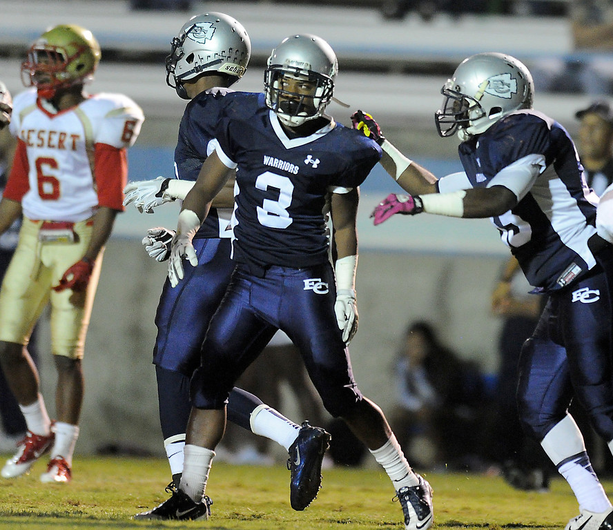 . El Camino\'s Kendell Sparks scores on College of the Desert in the North Central Conference football game at Murdock Stadium in Torrance, CA. on Saturday, October 26, 2013. (Photo by Sean Hiller/ Daily Breeze)