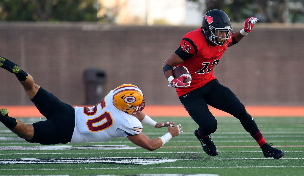 . LBCC��ôs Elijah Bynum evades a tackle from Zachary Brumbaugh in Long Beach on Saturday, September 9, 2017. Junior College football - Long Beach City College vs Saddleback. (Photo by Scott Varley, Press-Telegram/SCNG)