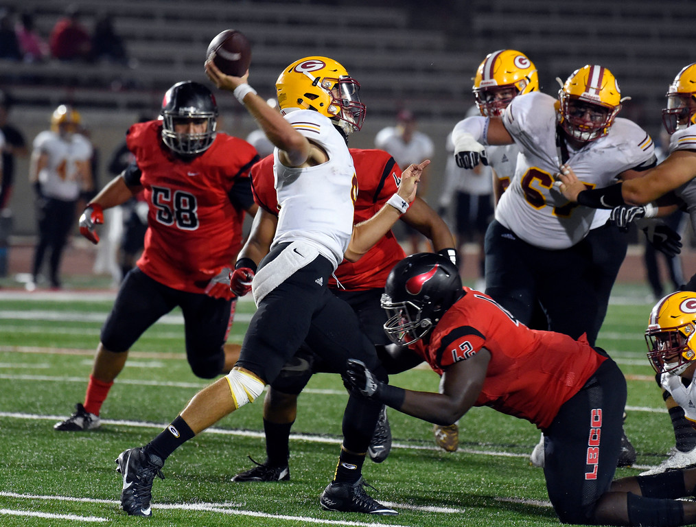 . Saddleback QB Cam Humphrey gets pressured in Long Beach on Saturday, September 9, 2017. Junior College football - Long Beach City College vs Saddleback. Saddleback won 45-35. (Photo by Scott Varley, Press-Telegram/SCNG)
