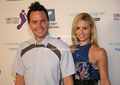 Mark Hoppus (Blink-182) and his wife Skye Everly.