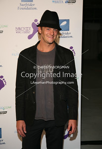 Shane Anderson arrives at the Surfrider Foundation's 25th Anniversary Gala on Ocotber 9, 2009 at the California Science Center's Wallis Annenberg Building.