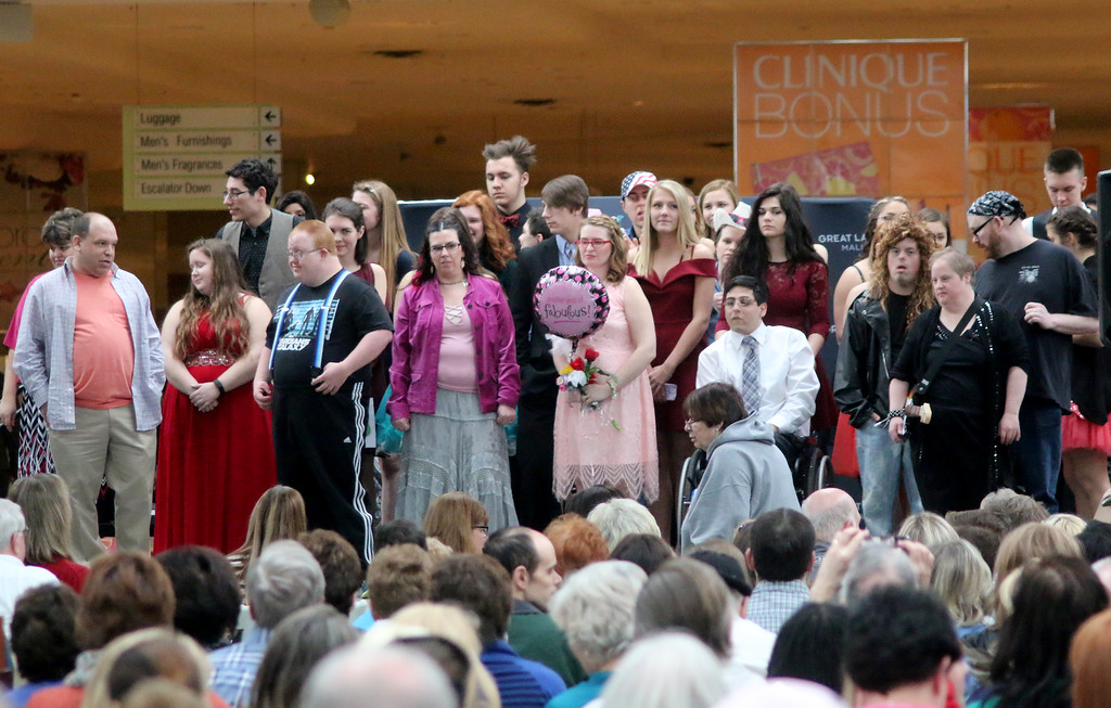 . Contestants from the sixth annual Deepwood Idol competition at Great Lakes Mall take a bow after their performances. (Jonathan Tressler/The News-Herald)