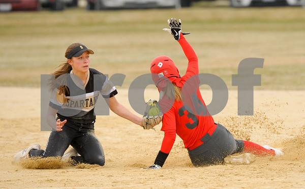 dc.sports.0406.sycamore softball-10