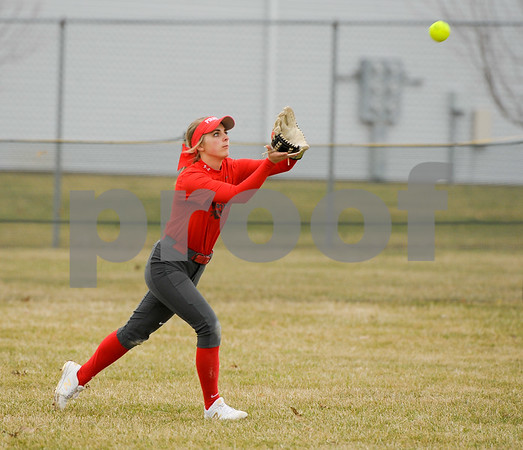 dc.sports.0406.sycamore softball-8