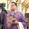 dc.0413.streaming church service01