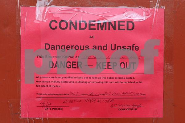 dc.041018.condemnedbuildings6
