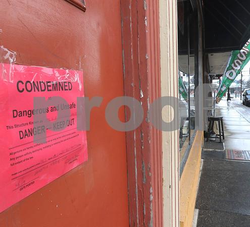 dc.041018.condemnedbuildings8