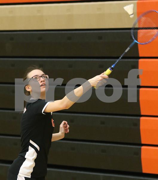 dc.sports.0410.dekalb badminton03
